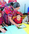 Los docentes serán capacitados en temas de tecnología y uso de internet. (Foto Prensa Libre: Hemeroteca PL)