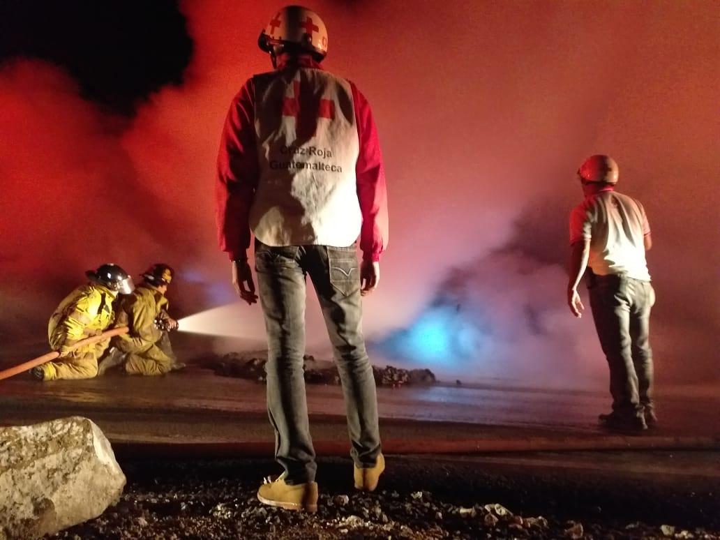 Camión se incendia en ruta Retalhuleu – Quetzaltenango