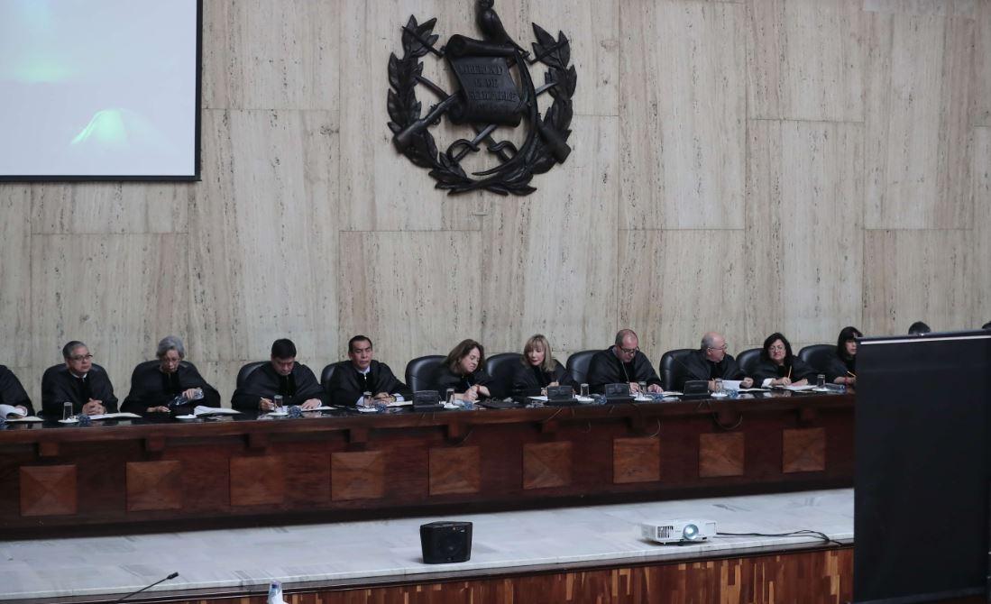 CSJ consultará a la CC sobre el proceso de elección de sus sucesores