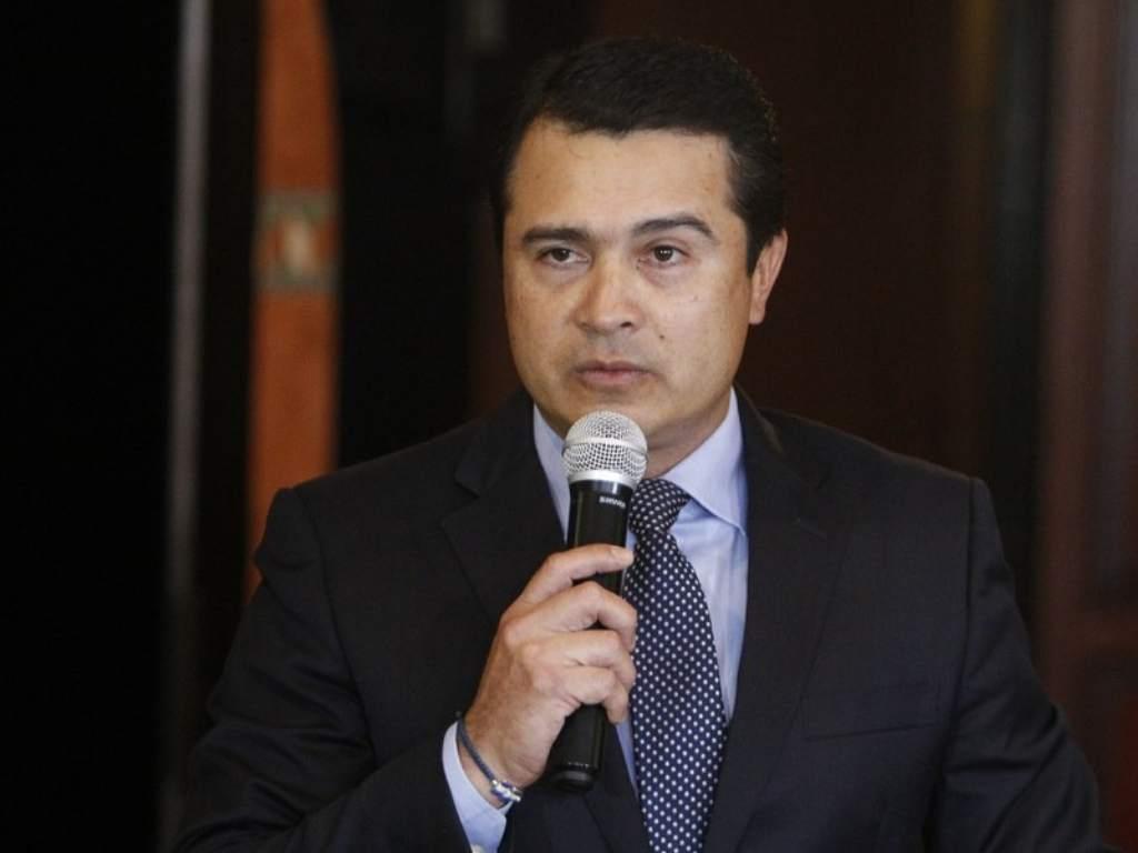 """""""Arrogante e intocable"""": Cómo el hermano del presidente de Honduras trasegó 200 mil kilos de cocaína a Estados Unidos"""