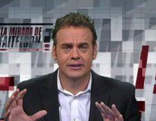David Faitelson, periodista de ESPN, felicita a los cremas. (Foto Prensa Libre: Hemeroteca PL)