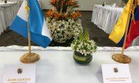 Montaje de la reunión que iban a tener Juan Guaidó, presidente encargado de Venezuela, con Alejandro Giammattei, gobernante electo de Guatemala. (Foto Prensa Libre: Prensa Juan Guaidó)