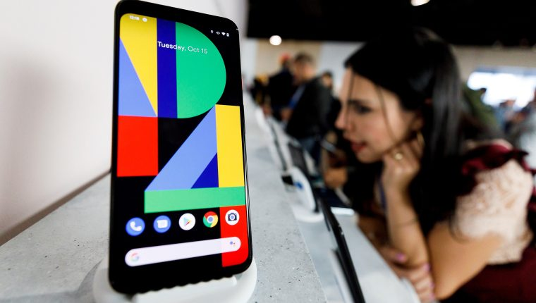 Pixel 4 es el novedoso smartphone de Google. (Foto Prensa Libre: EFE)