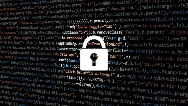 Los bancos son las entidades que sufren constantes ataques de los hackers. (Foto Prensa Libre: pixabay)
