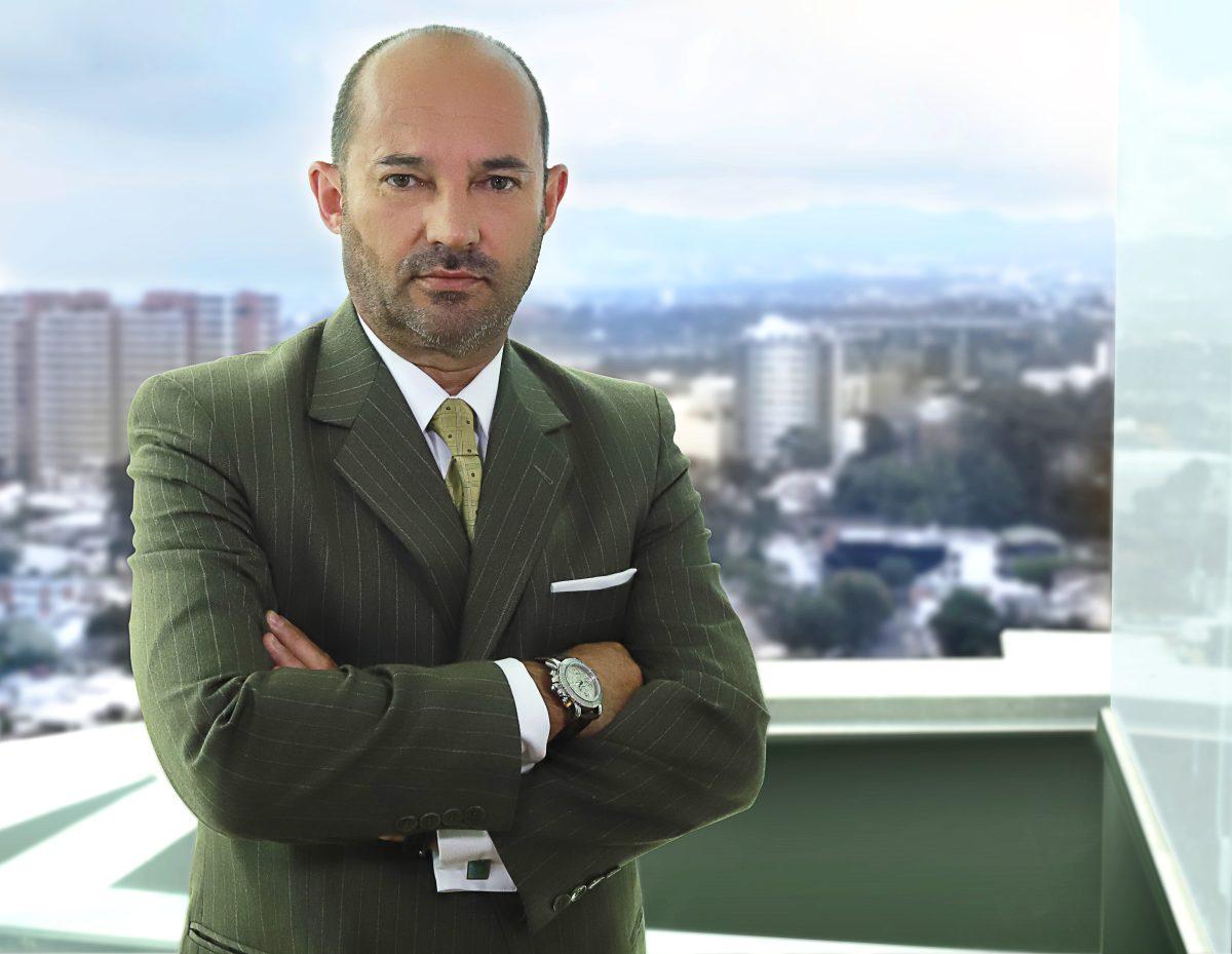 Claudio Matus Coulomb es el nuevo director general de Grupo Salinas para Guatemala