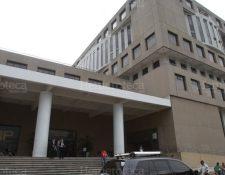 El bloque UNE busca que el Ejecutivo y el Legislativo tengan facultades de evaluación y remoción del jefe del Ministerio Público. (Foto Prensa Libre: Hemeroteca PL)