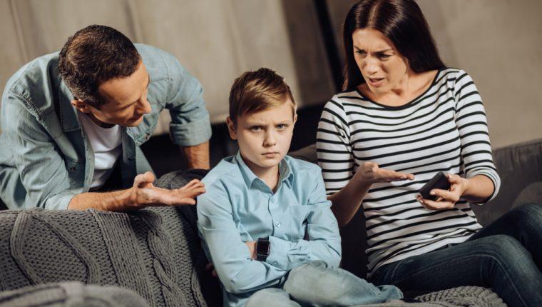 La manera en que se comunica con sus hijos es relevante para su desarrollo, autoconcepto, autoestima y otros aspectos a nivel psicológico y emocional. (Foto Prensa Libre: Servicios).