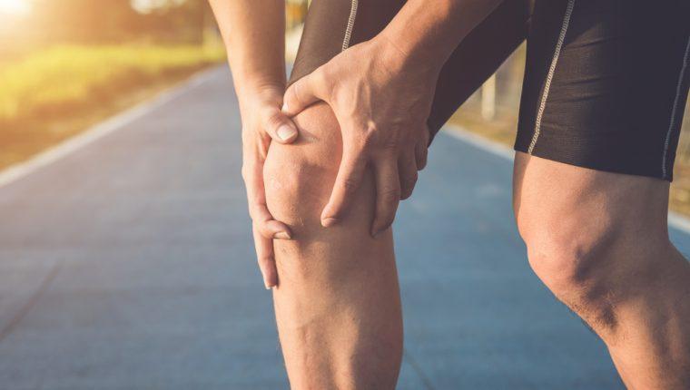 La rodilla del corredor es un síndrome que debe tratarse con especialistas. (Foto Prensa Libre: Servicios).