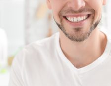 Es importante que cuide sus hábitos de higiene bucal. (Foto Prensa Libre: Servicios).