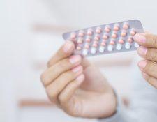 La píldora es un método anticonceptivo oral que, además de la planificación familiar, tiene otras funciones como prevenir el acné y aliviar los síntomas del Síndrome Premenstrual. (Foto Prensa Libre: Servicios).