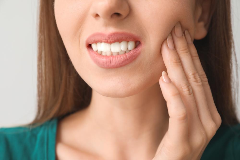 ¿Rechina los dientes constantemente? Podría necesitar visitar a un médico