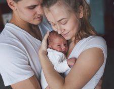 Recibir a un nuevo miembro en la familia puede traernos mucha alegría, pero no debemos olvidar los cuidados necesarios para proveerle un ambiente de salud y bienestar. (Foto Prensa Libre: Servicios).