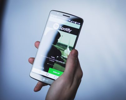 Spotify presenta sorpresivas ganancias y un aumento en sus suscriptores de pago. (Foto Prensa Libre: Pixabay)