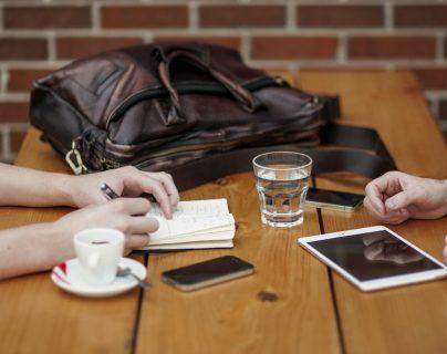 Una vida equilibrada lleva a tener un tiempo y espacio para todo, incluido la vida en pareja.  (Foto Prensa Libre: Pixibay).