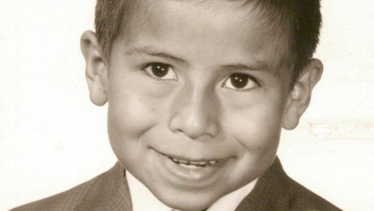 Mi español no era bien recibido, recuerda José Reyes sobre su experiencia en la escuela pública de Texas.