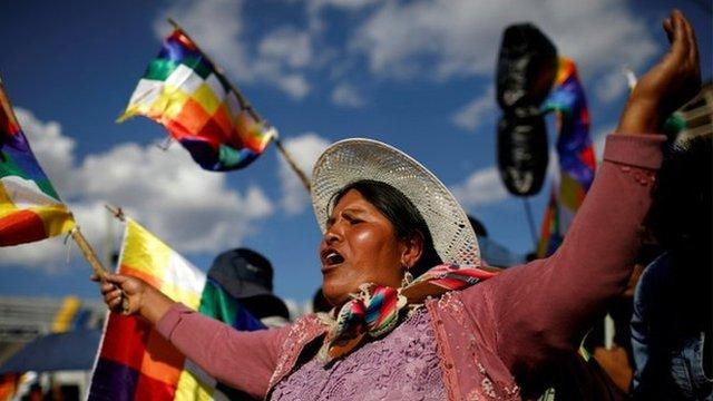 Una seguidora de Evo Morales protestando en Cochabamba esta semana.