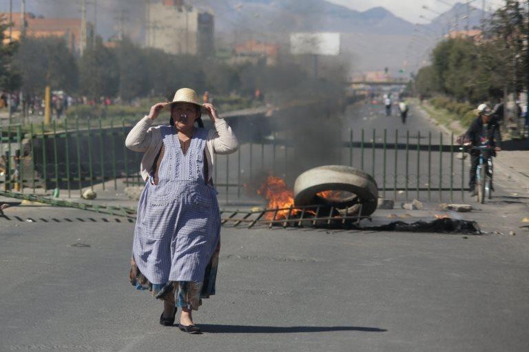 Crisis en Bolivia: las violentas protestas a favor de Evo Morales dejan tres muertos y críticas a la represión del gobierno interino