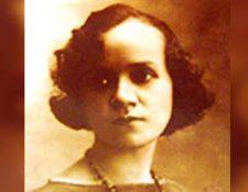 Matilde Hidalgo de Procel (1889-1974) nació en Guayaquil, Ecuador.