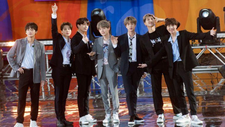 La banda de siete chicos que cantan en coreano y japonés ha conquistado audiencias globales.