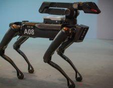 """El modelo """"Spot"""" de Boston Dynamics fue el perro robótico utilizado por la policía. GETTY IMAGES"""