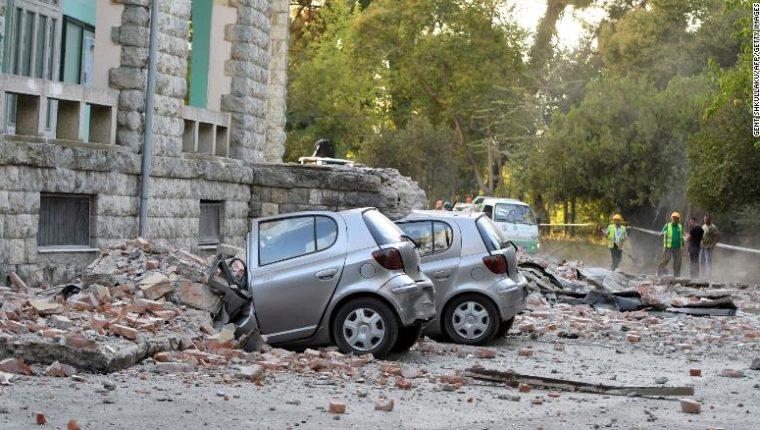 El terremoto en Albania causó daños en varios edificios y viviendas.