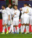 Los jugadores del Real Madrid celebran el gol del uruguayo Federico Valverde en el partido ante el Éibar. (Foto Prensa Libre: EFE)