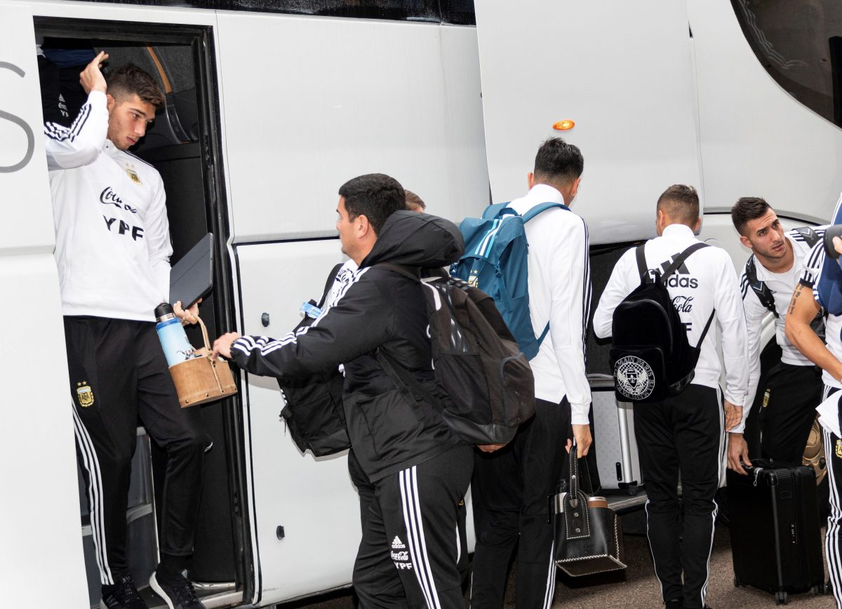 Brasil y Argentina se enfrentan con cuentas pendientes en el regreso de Messi y ausencia de Neymar