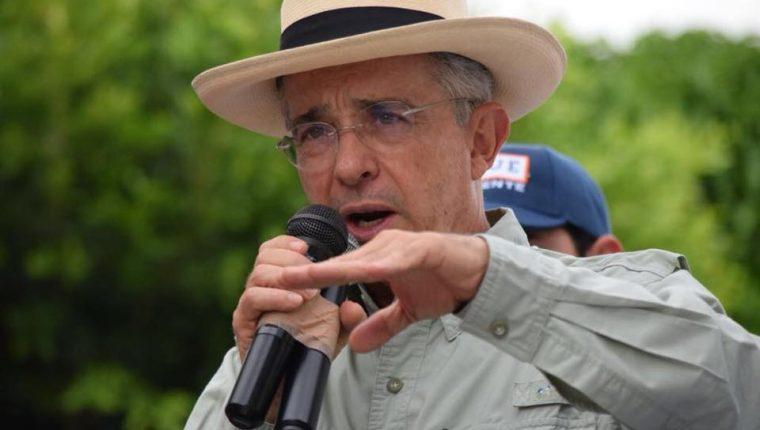 Álvaro Uribe, expresidente y senador colombiano. (Foto tomada de Facebook)