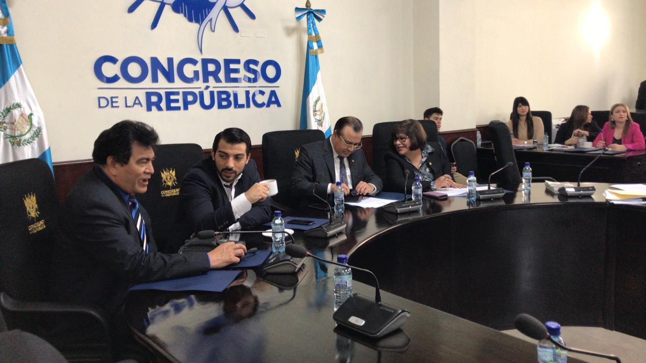 Diputados que buscan destitución de Jordán Rodas proponen excluir a miembros de la comisión - Prensa Libre