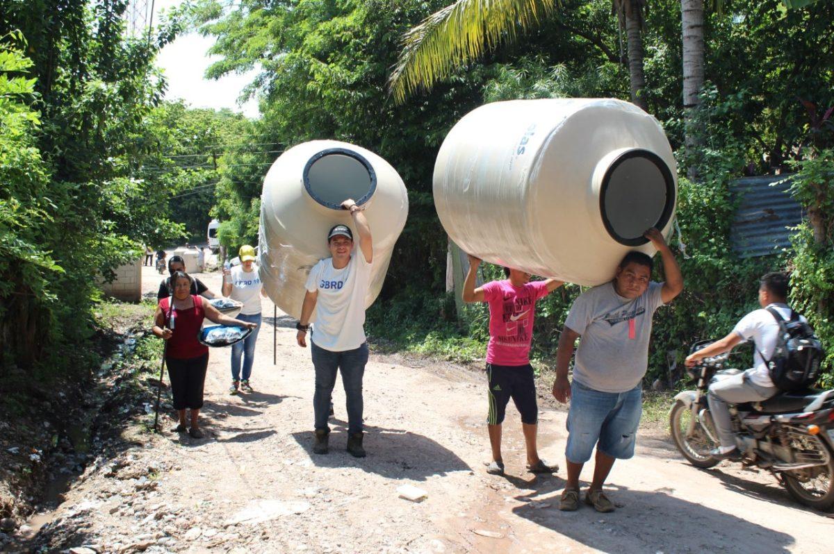 Familias del Corredor Seco aprenden a tratar el agua para consumo humano