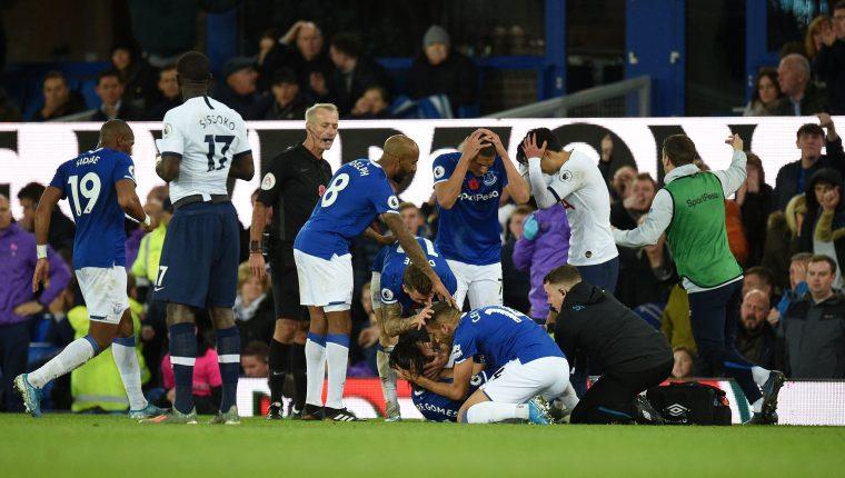 André Gomes sufrió una seria lesión el fin de semana pasado  en que estuvo involucrado el coreano Son. (Foto Pensa Libre: AFP)