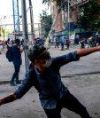 Chile lleva 18 días hundida en la violencia que ha cobrado la vida de 20 personas. (Foto Prensa Libre: AFP)