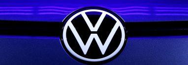 Volkswagen trabaja en modelos de autos futuristas. (Foto Prensa Libre: AFP)