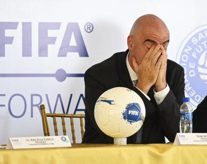 El presidente de la Fifa Gianni Infantino podría estar en enero también en otro de los entes más importantes del deporte. (Foto Prensa Libre: AFP)