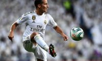 (FILES) In this file photo taken on September 25, 2019 Real Madrid's Spanish forward Lucas Vazquez controls the ball during the Spanish league football match between Real Madrid CF and CA Osasuna at the Santiago Bernabeu stadium in Madrid. - Real Madrid's forward Lucas Vazquez broke his toe, announced the club on November 21, 2019, without specifying how long he'll be away. (Photo by OSCAR DEL POZO / AFP)