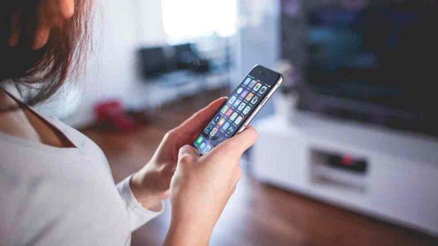 Las aplicaciones móviles tendrán desafíos en 2020. Foto Prensa Libre: Forbes)