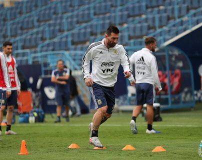Argentina llega al juego contra Uruguay, con un triunfo contra Brasil. (Foto Prensa Libre: Selección de Argentina)