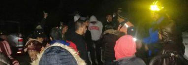 Diferentes instituciones buscan a la joven desaparecida en el volcán Santa María y quien visitó el lugar junto a 11 personas más, pero sin un guía. (Foto Prensa Libre: cortesía Conred)