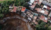 Colonias Nueva Esperanza y Regalito de Dios están en riesgo de derrumbarse. (Foto Prensa Libre: Hemeroteca PL)