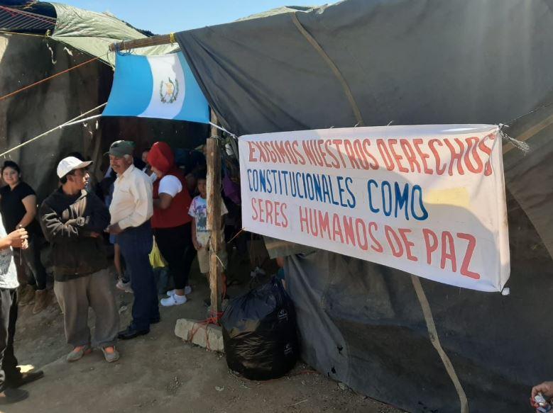 Vecinos dicen que no desalojarán área de riesgo en Peronia y piden apoyo para obtener vivienda