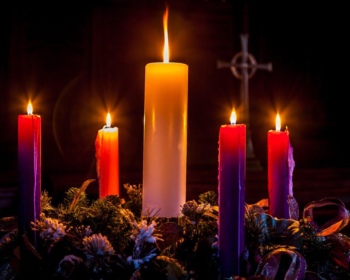 La corona de Adviento, el anuncio de la Navidad que ya viene