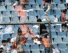 Esta es una imagen de los hechos lamentables en el Clásico 308. (Foto Prensa Libre: Hemeroteca PL)