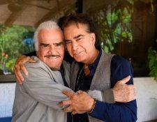 José Luis Rodríguez comparte una fotografía, junto a Vicente Fernández.