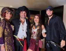 Chayanne celebró Halloween junto a su familia. (Foto Prensa Libre: Instagram Isadora Figueroa).