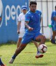 Alejandro Galindo, durante el entrenamiento de la Selección Nacional. (Foto Prensa Libre: Francisco Sánchez)