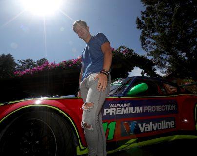 El piloto internacional Ian Rodríguez será parte de la final del Botoneta Racing Team (Vintage) en El Salvador. (Foto Prensa Libre: Carlos Vicente)