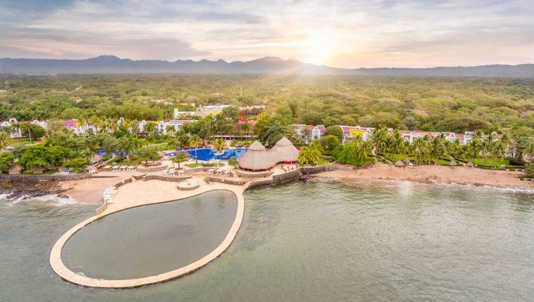 El todo incluido en los hospedajes ha distinguido a Decameron Salinitas, ubicado en tierras salvadoreñas. Foto Prensa Libre: Norvin Mendoza