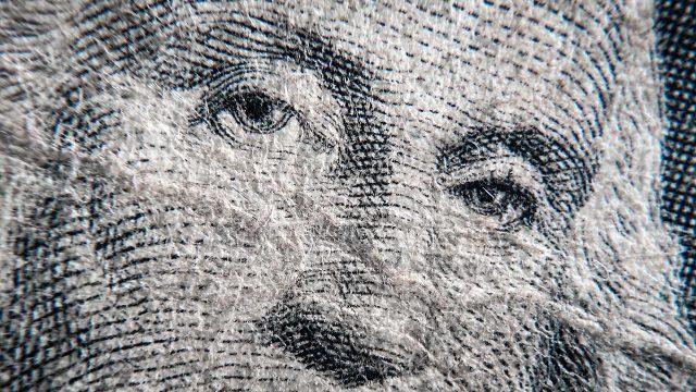 La fortuna de los multimillonarios equivale a US$1 mil 103 por habitante de la Tierra. | Foto: Fernando Luna Arce