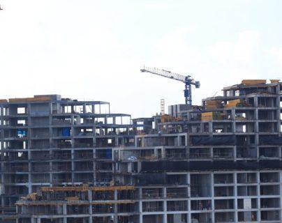 La actividad de construcción tendrá el mayor desempeño de la economía para 2019, según el balance de las autoridades monetarias. La actividad generó un efecto multiplicador en la economía. (Foto Prensa Libre: Hemeroteca)