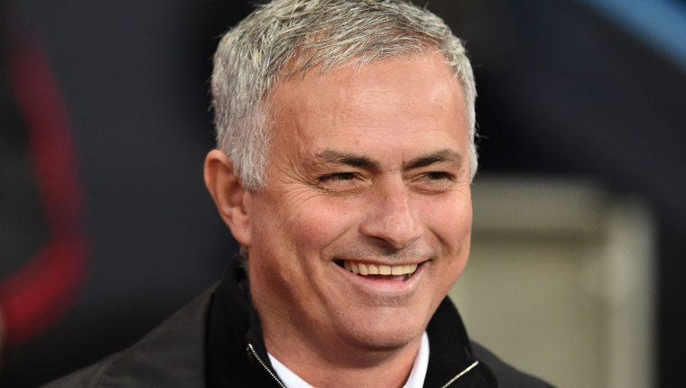 José Mourinho es el nuevo entrenador del Tottenham. (Foto Prensa Libre: AFP)